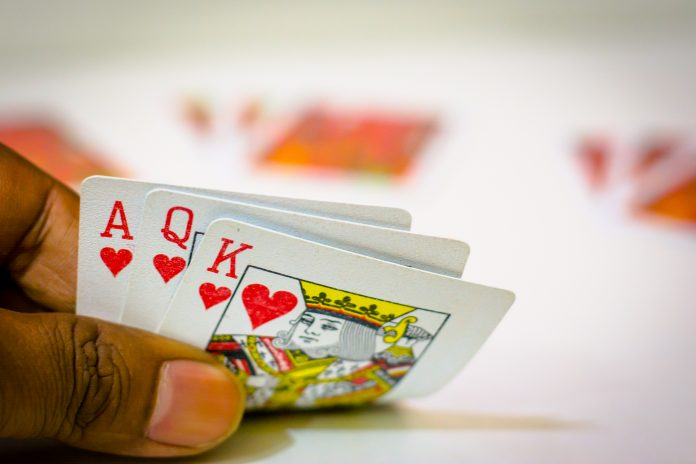 Know how deals rummy is played